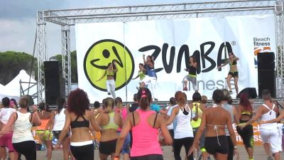 zumba_fitness_beach_bibione